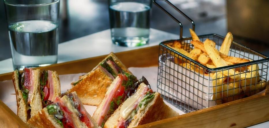 club-sandwich-3538455_1280 (1)