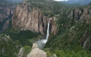cascada-de-basaseachi-749525_1280 (1)