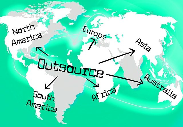 outsource-1345109_640 (2)