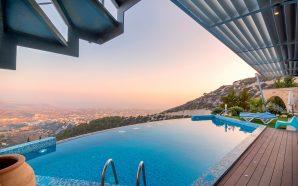 swimming-pool-1737173_1280