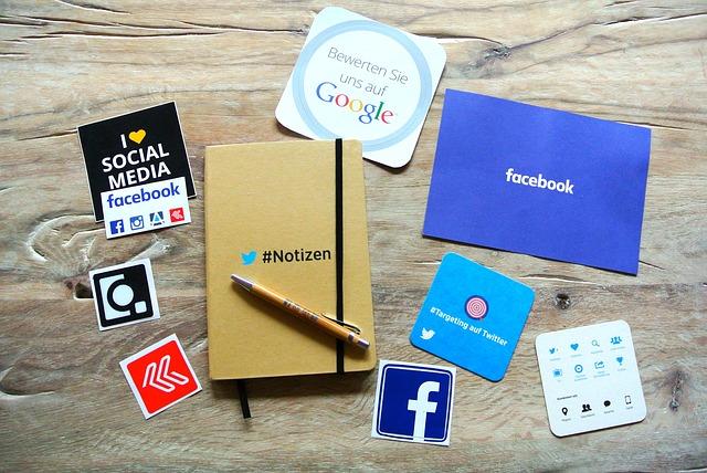 socialmedia-952091_640 (2)