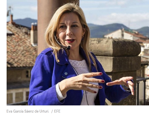 Eva García Saénz de Urturi